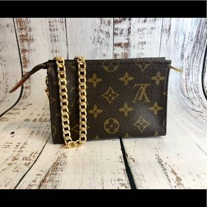 Louis Vuitton Cosmetic Pouch 15 Wristlet